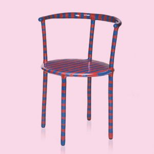 Looking back at the work of @maarten.baas since the start of his career in 2002 is something of a shortcut, considering the predicted longevity of some of his designs.  Merry is a get together with @bertjanpot, this striped little chair that may represent
